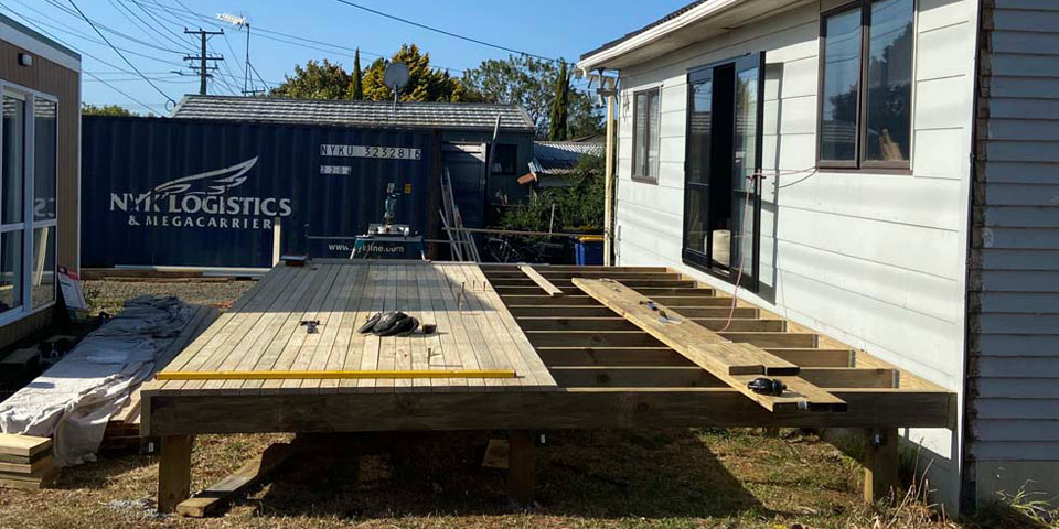Deck builders West Auckland
